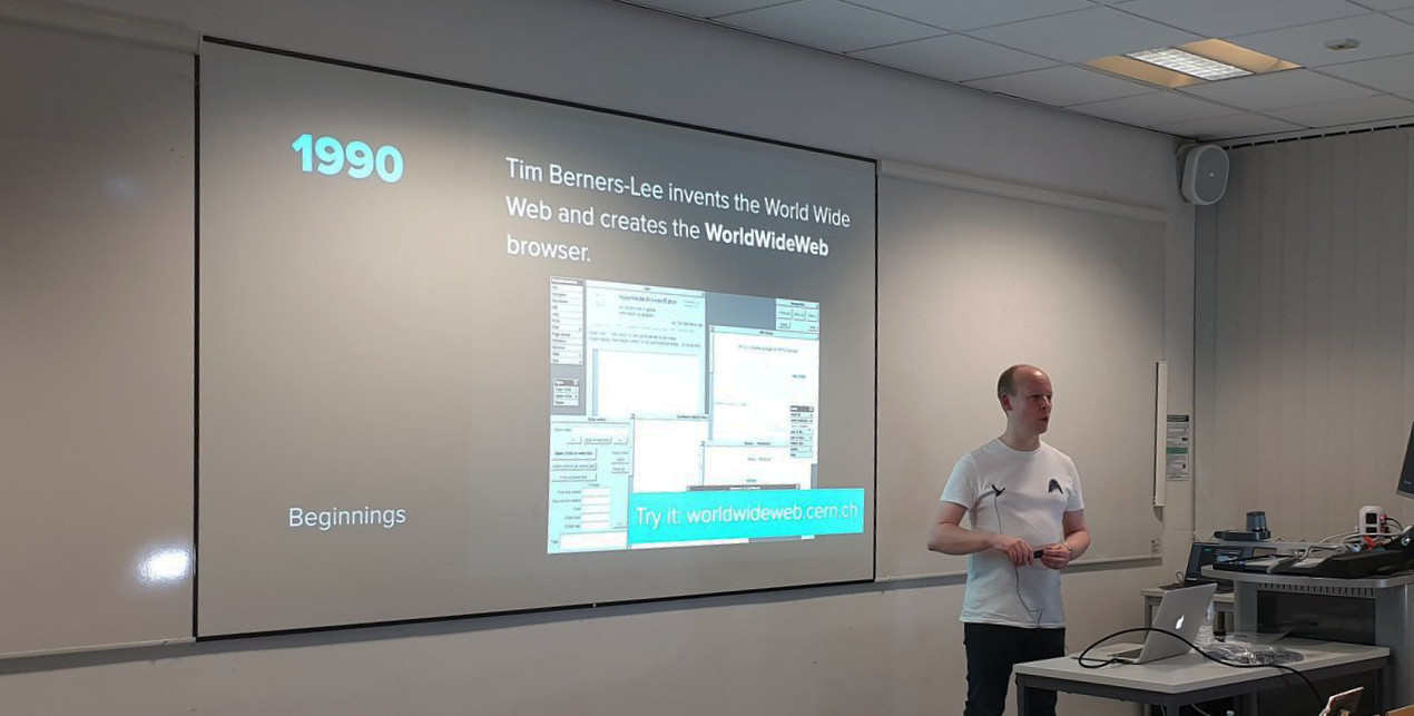 Andy stood speaking at dotNet Sheffield in 2020